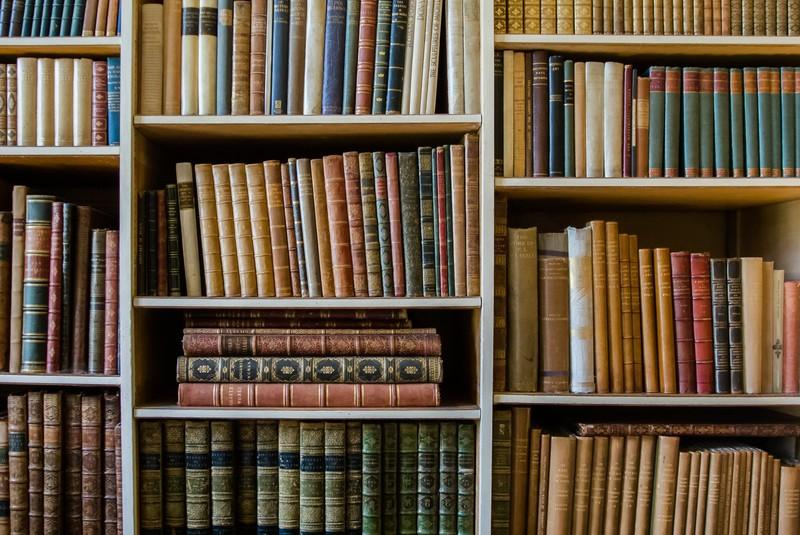 本・図書館