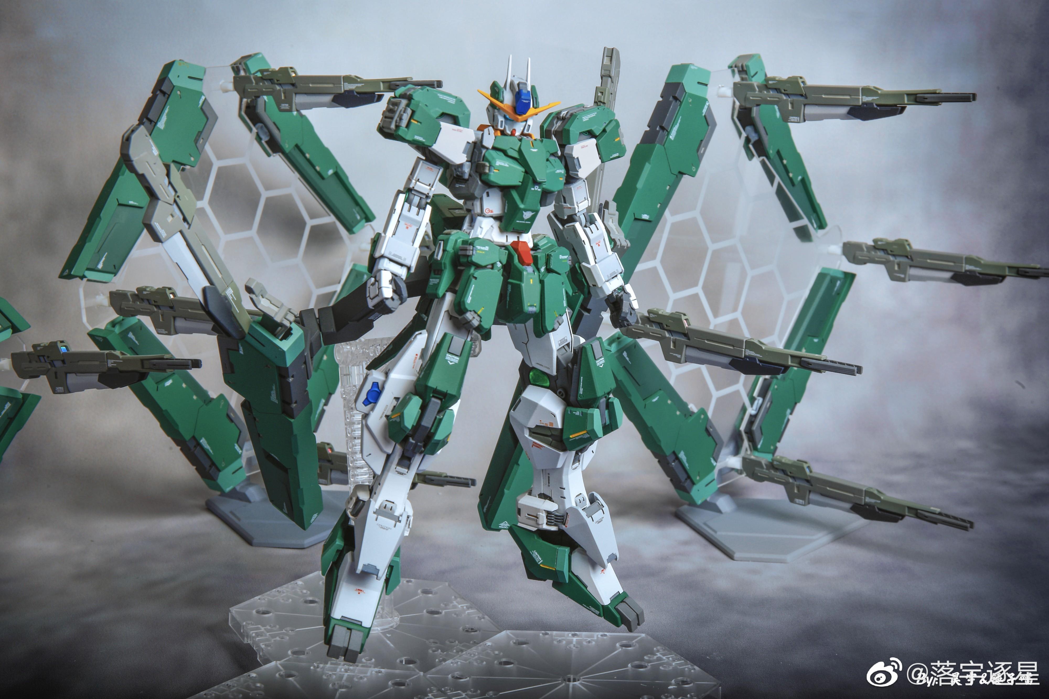G652_3_GN_010_OO_Gundam_Zabanya_007.jpg