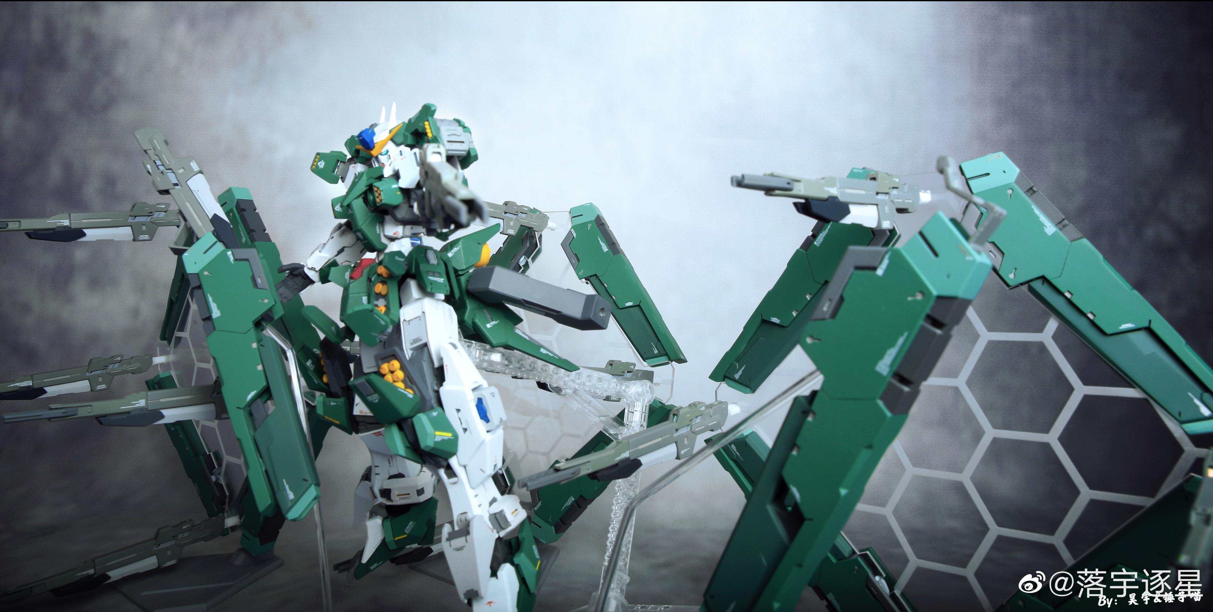 G652_3_GN_010_OO_Gundam_Zabanya_013.jpg