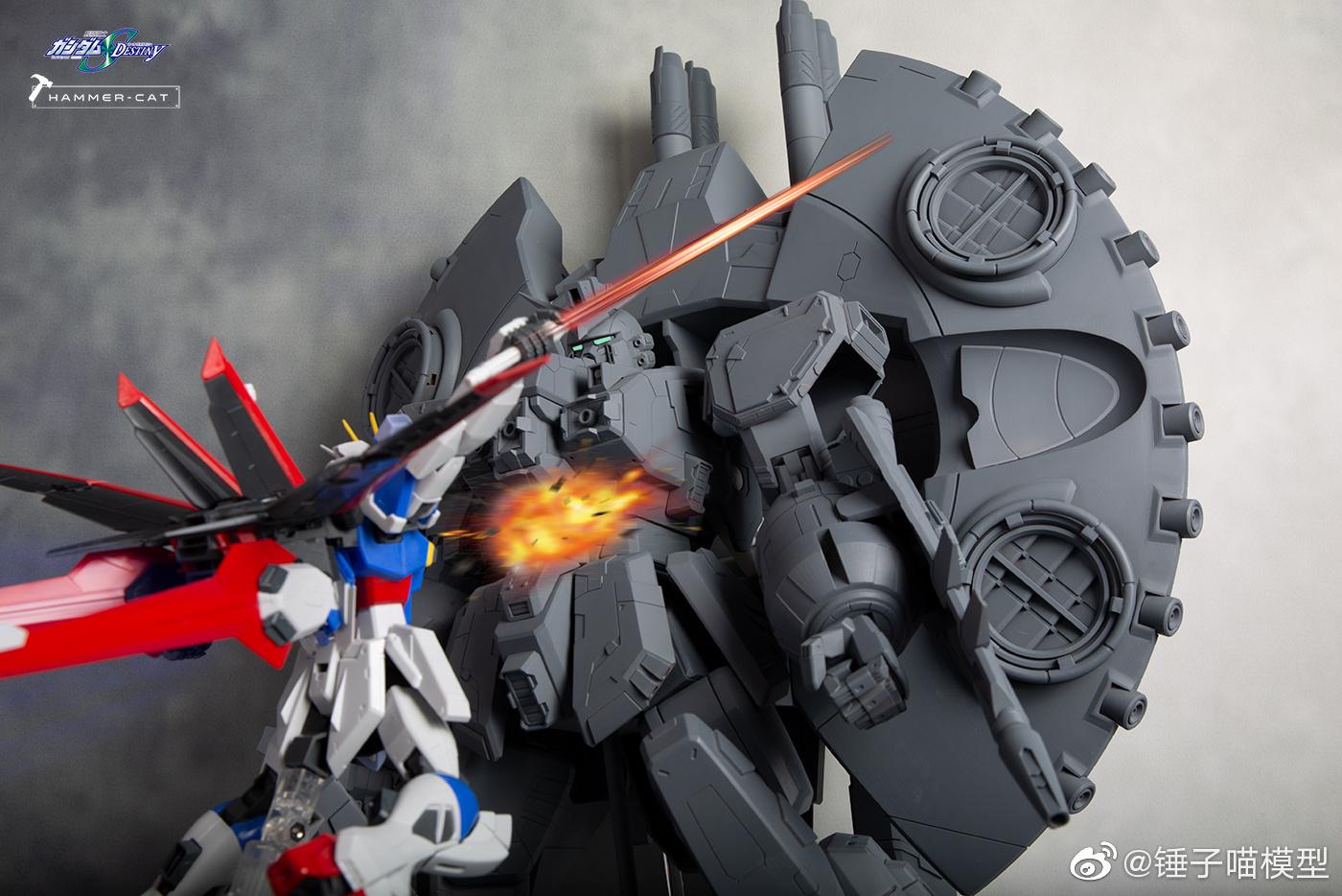 G744_GFAS_X1_Destroy_Gundam_016.jpg