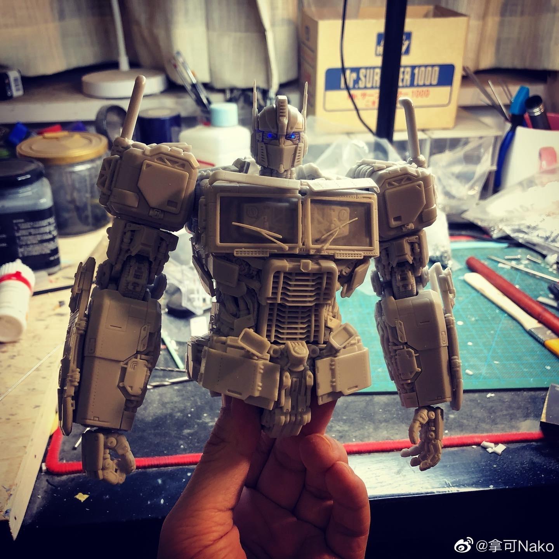 G798_NakoMake_Optimus_Prime_BUMBLEBEE_ver_GK_002.jpg