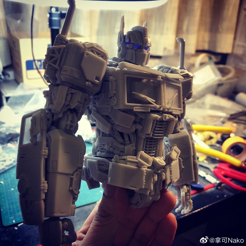 G798_NakoMake_Optimus_Prime_BUMBLEBEE_ver_GK_005.jpg