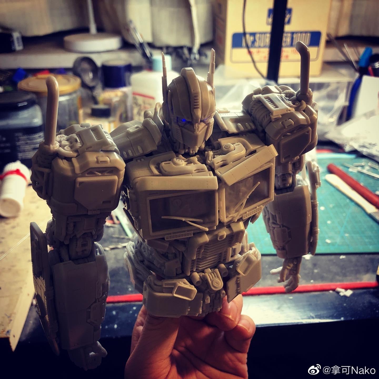 G798_NakoMake_Optimus_Prime_BUMBLEBEE_ver_GK_006.jpg