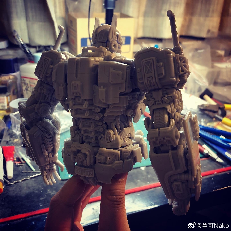 G798_NakoMake_Optimus_Prime_BUMBLEBEE_ver_GK_009.jpg