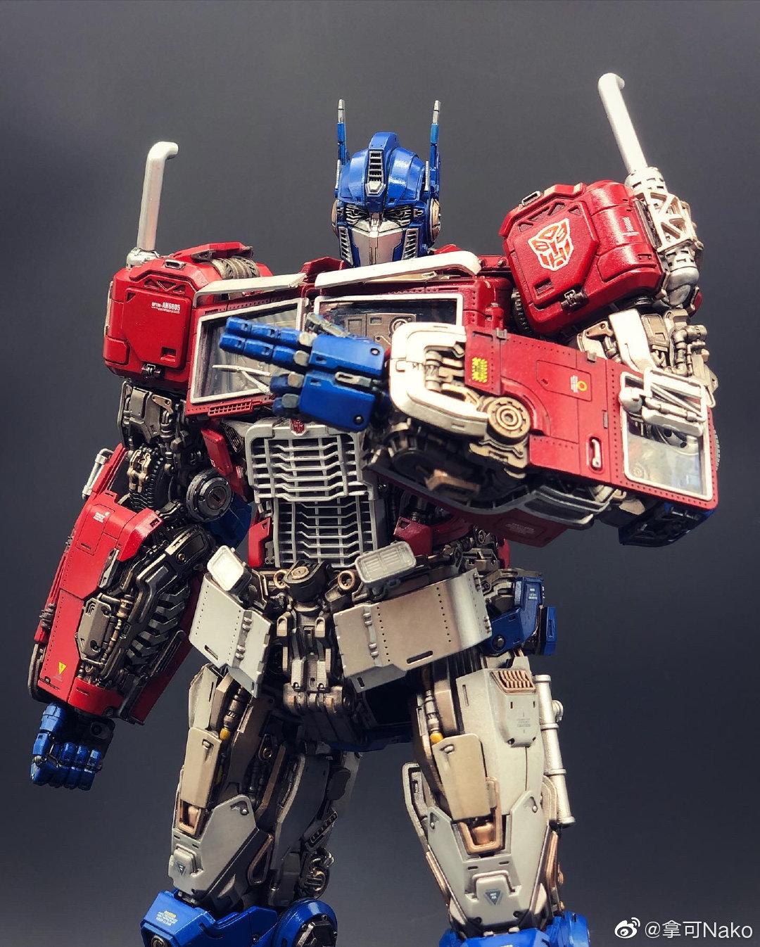 G798_NakoMake_Optimus_Prime_BUMBLEBEE_ver_GK_037.jpg