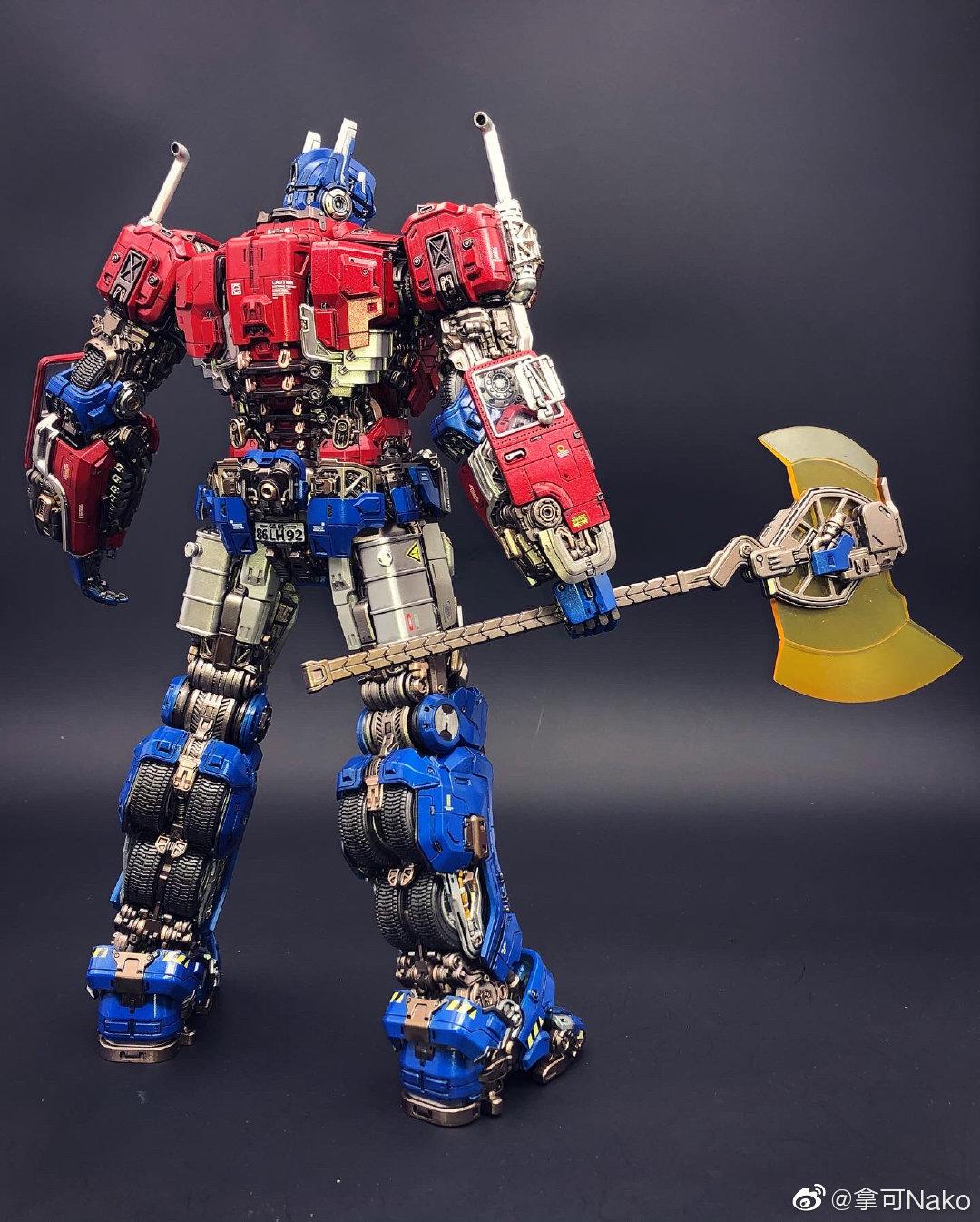 G798_NakoMake_Optimus_Prime_BUMBLEBEE_ver_GK_039.jpg