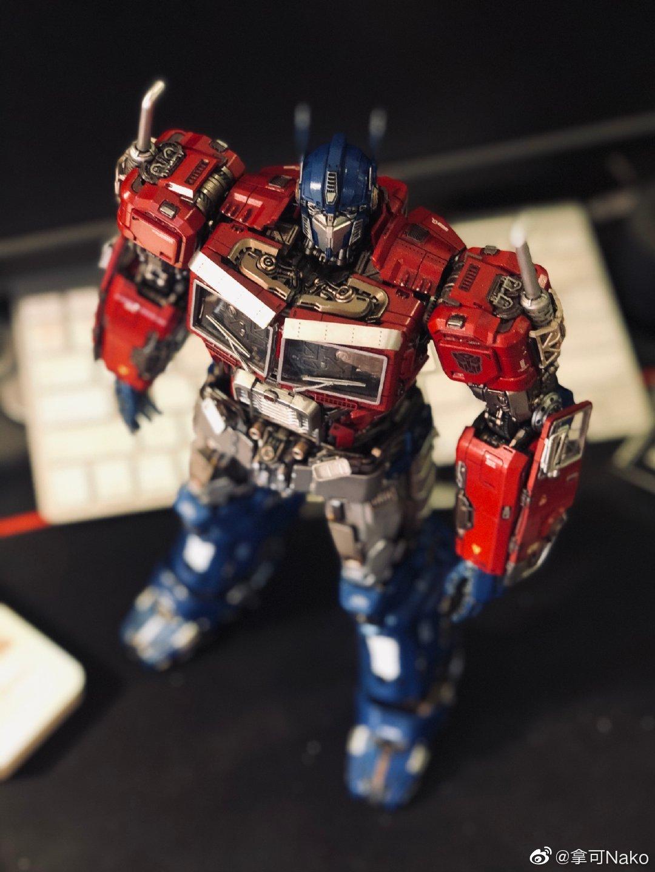 G798_NakoMake_Optimus_Prime_BUMBLEBEE_ver_GK_042.jpg