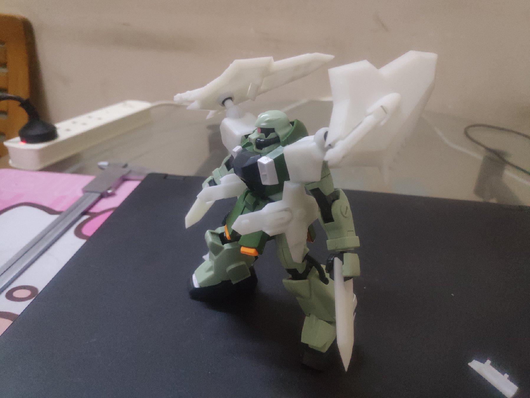 G832_hg_zaku_phantom_001.jpg