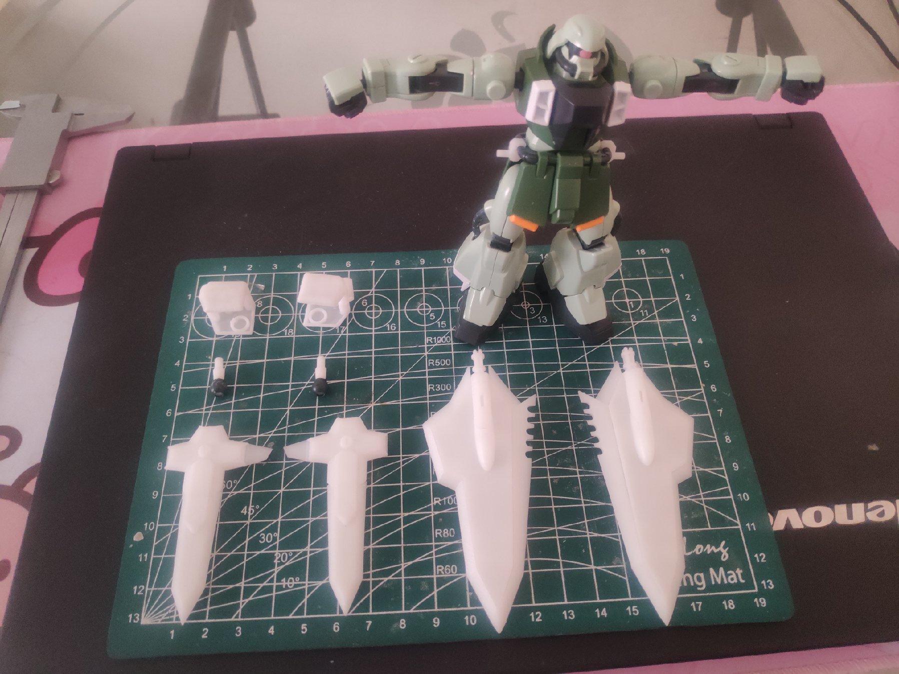 G832_hg_zaku_phantom_002.jpg
