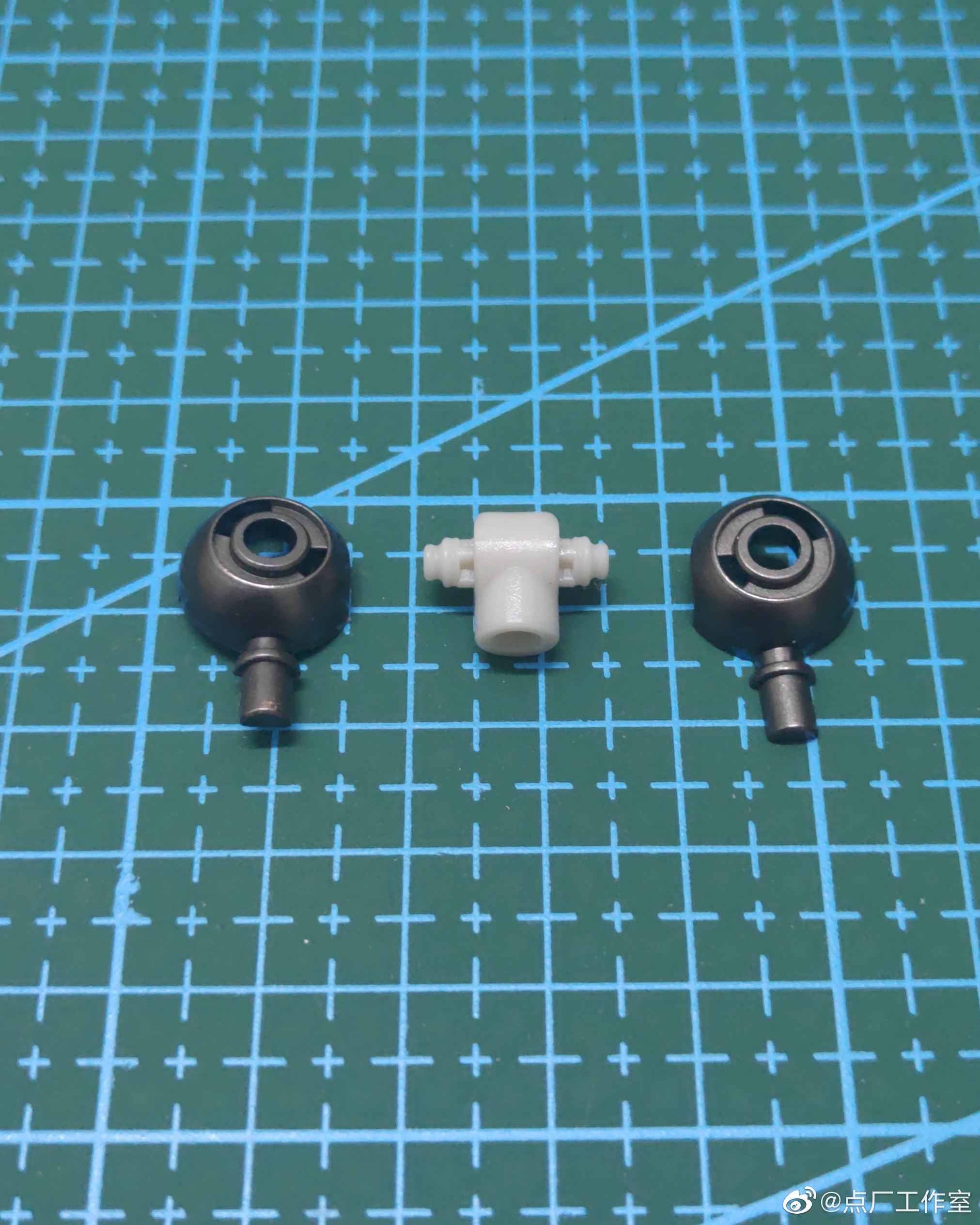 M103_mg_barbatos_metal_frame_parts_set_018.jpg