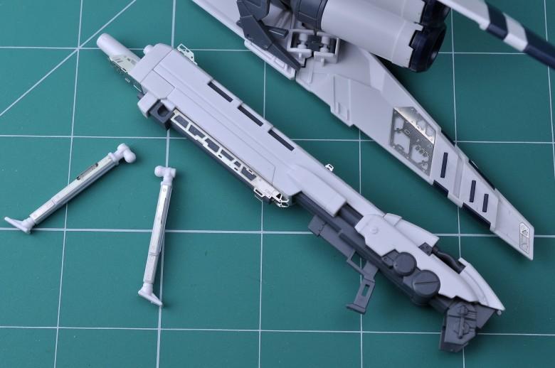 M129_S020_144_RG_RX_93_NU_GUNDAM_HWS_005.jpg