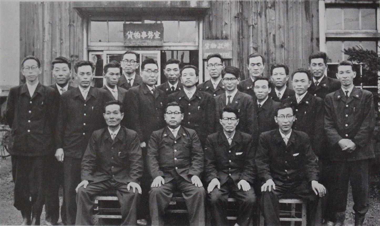 岩見沢駅貨物事務室a01