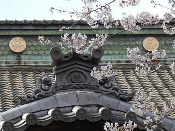 106勝願寺葵のご紋