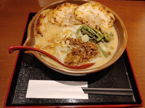 信州味噌炙りチャーシュー麺