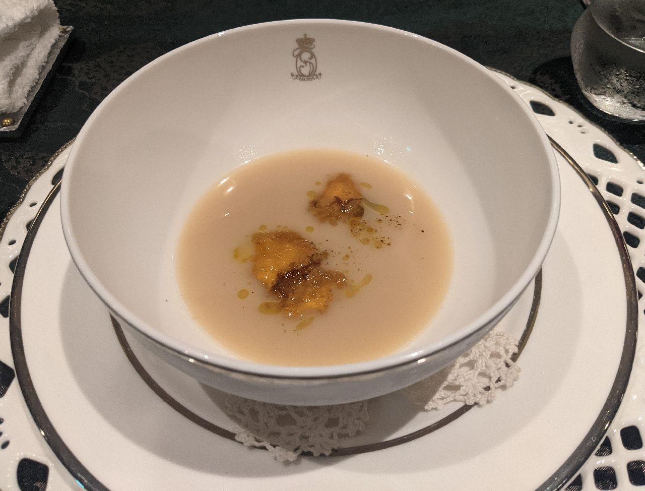 PXL_20210725_031830090白インゲン豆のズッパ トリッパとセロリ