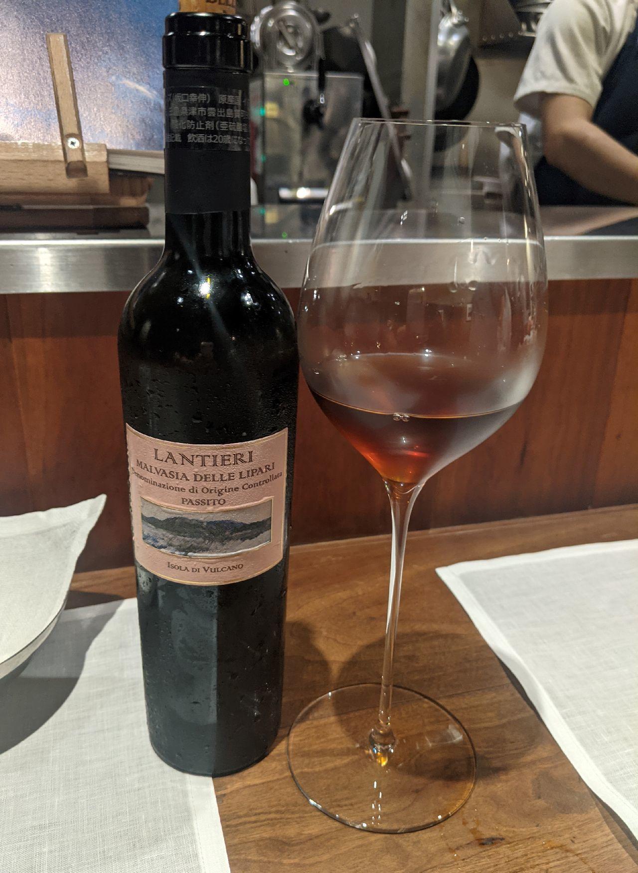 PXL_20210806_130232638デザートワイン、ランティエリ マルヴァジア・デッレ・リーパリ パッシート