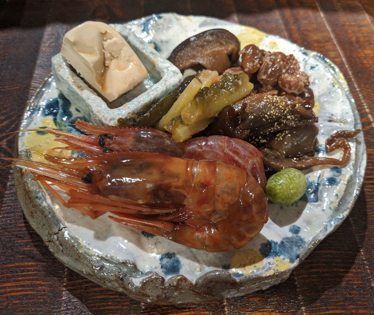 MVIMG_20200926_135720ボタン海老、クリームチーズかえし漬け、鰻肝、マイクロキュウリのピクルス、椎茸