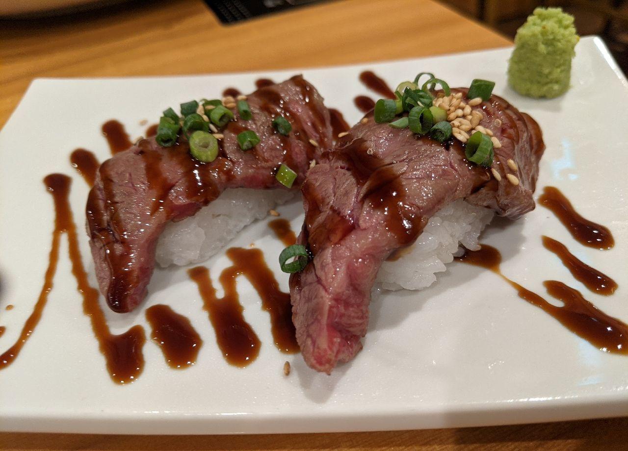 PXL_20210915_095339825炙り肉寿司
