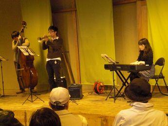 神戸酒心館14(ジャズ).JPG
