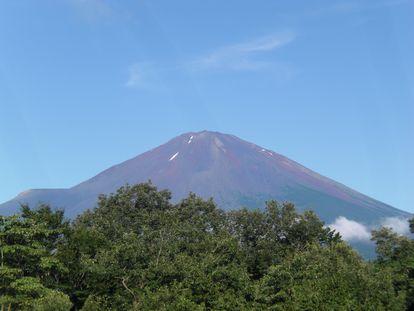 夏旅行3日目01(宿から見た富士山).JPG