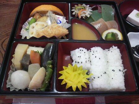 高野山研修08(中本名玉堂:昼食).JPG