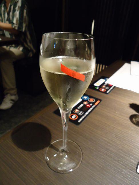 るぶっふ06(スパークリングワイン).JPG