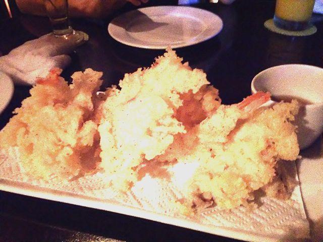 26(パラオ近海魚とエビとイカのフリッター).JPG