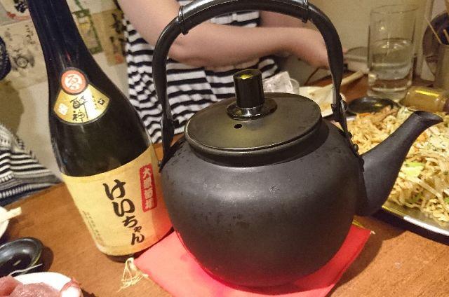 DSC_0138芋焼酎前割り ヤカン酒.JPG