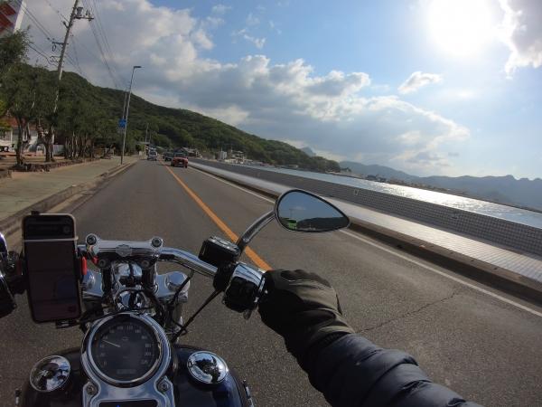 小豆島 絶景&グルメツーリング 海沿いの道 早朝