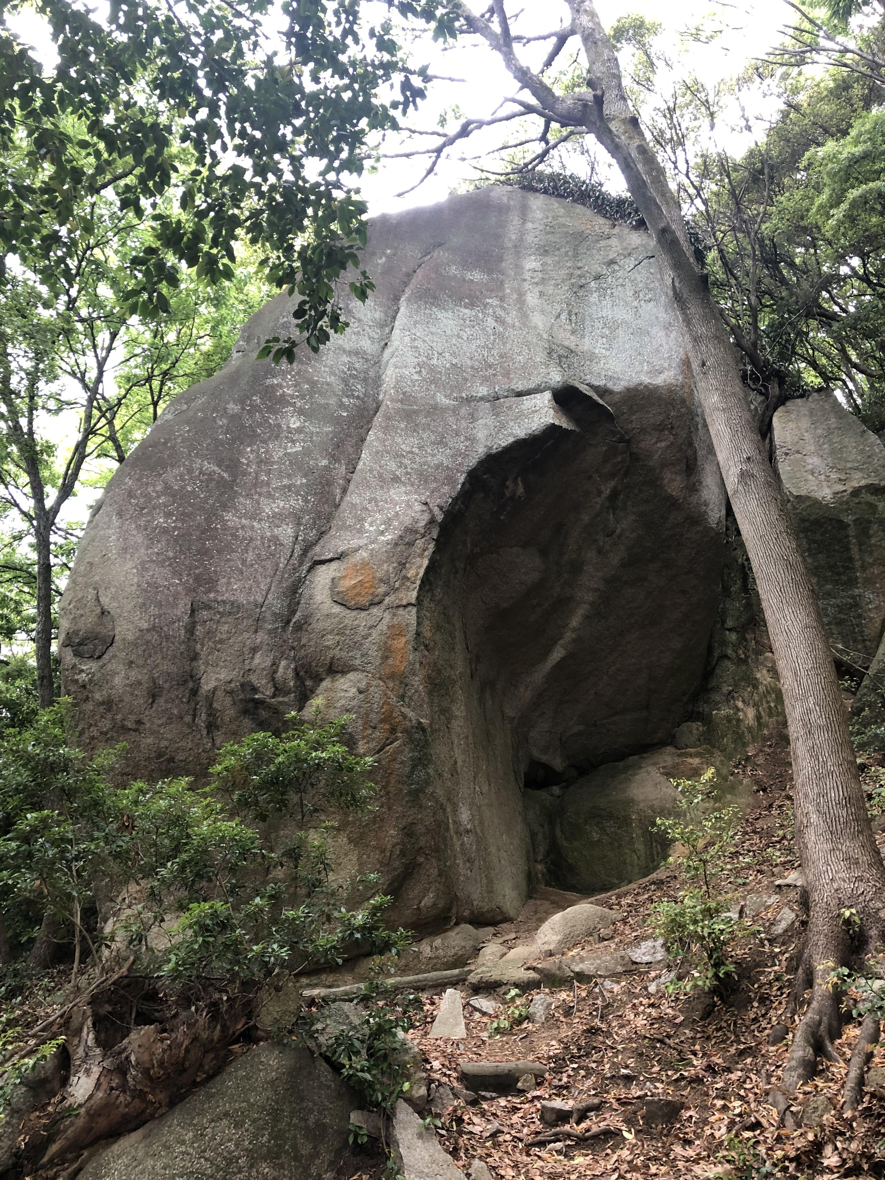 小豆島 絶景&グルメツーリング 天狗岩 絶景 大きい デカい