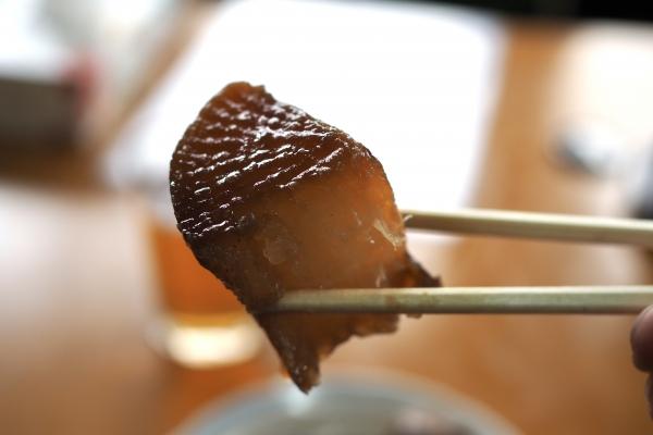 小豆島 絶景&グルメツーリング 木原食堂 おでん 玉子 真っ黒おでん