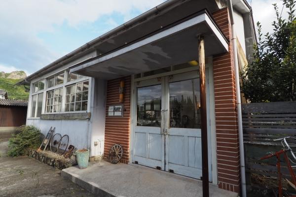 小豆島 絶景&グルメツーリング カフェ EAT