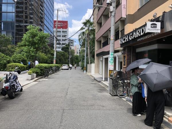 バーガーツーリング 大阪 北区 リッチバーガー 外観 店舗 アメリカン