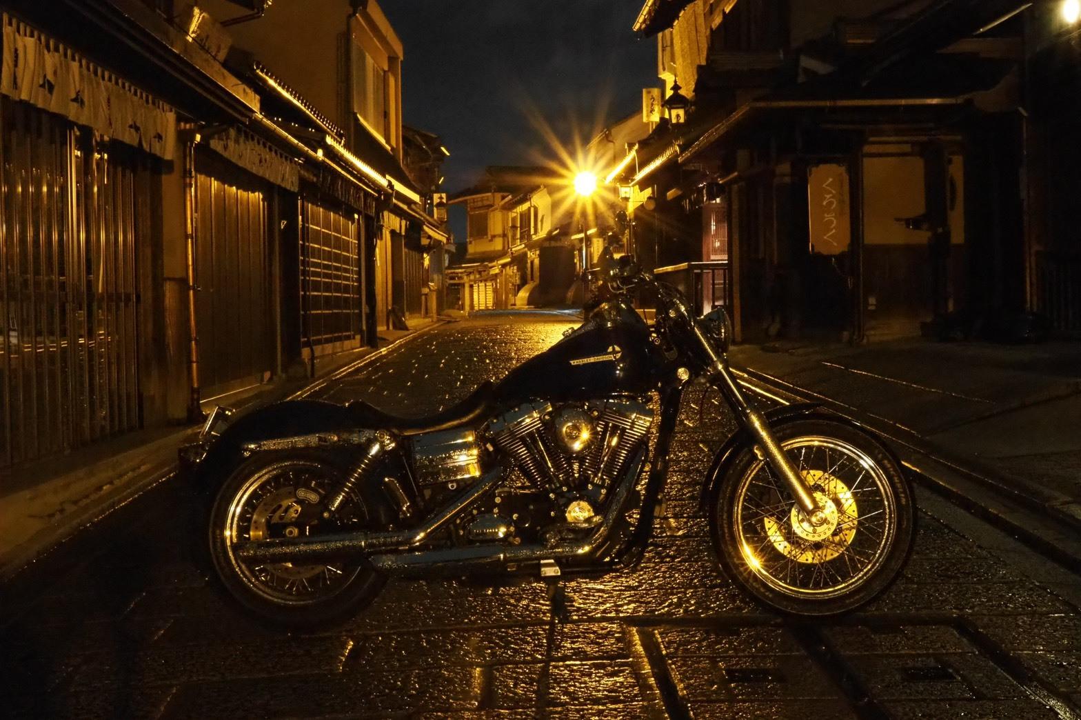 ぴーきちハーレーブログ 京都ナイトツーリング 三年坂 産寧坂 夜景 古い通り 歴史街道