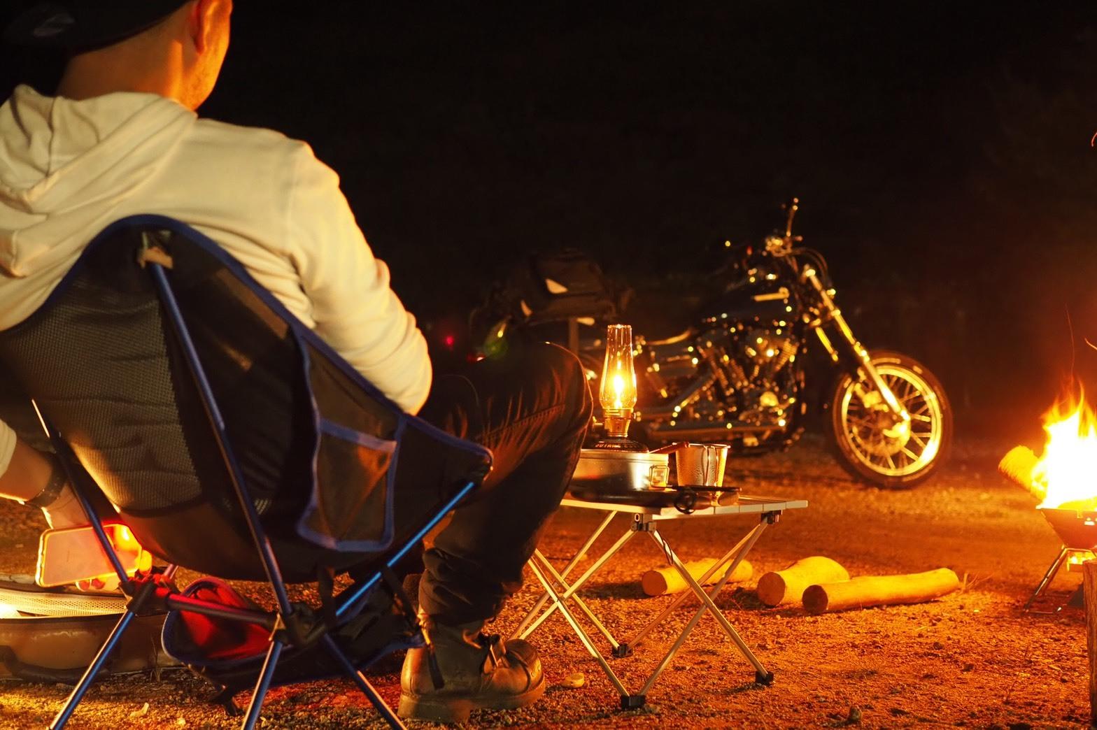 ぴーきちハーレーブログ ロマントピア月ケ瀬 キャンプ場 アーリータイムズ バーボン 焚火 ルミエールランタン 愛車