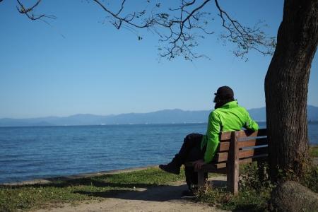ぴーきちハーレーブログ 奥琵琶湖キャンプツーリング あのベンチ シマゴン