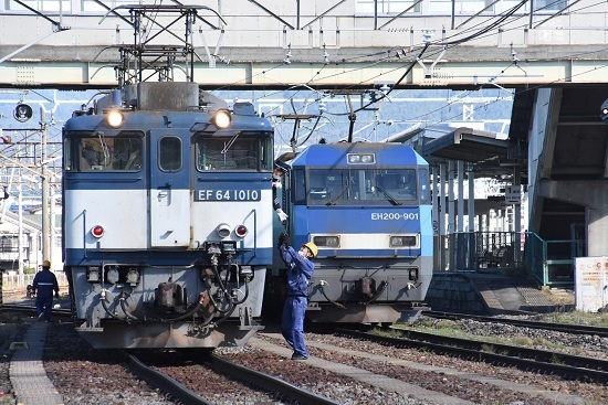 2020年10月24日撮影 南松本にて西線貨物8084レ 機回し 無線機返却