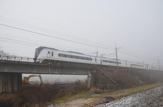 2020年12月5日撮影 中央東線 5010M E353系 「あずさ10号」霧の中