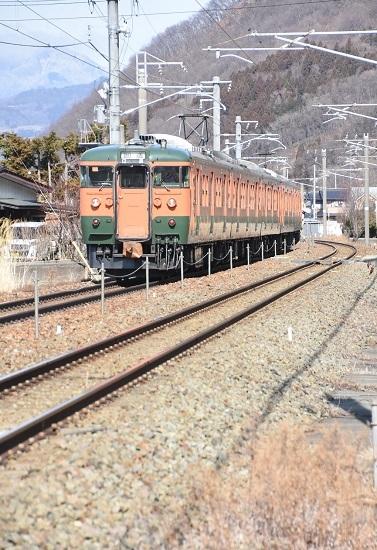 2021年3月7日撮影 しなの鉄道 115系湘南色5連 長野への回送 後撃ち