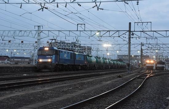 2021年4月3日撮影 南松本にて 篠ノ井線5463レ EH200-9号機