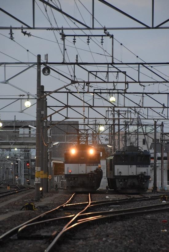 2021年4月3日撮影 南松本にて 篠ノ井線8087レ EF64重単 機回し開始