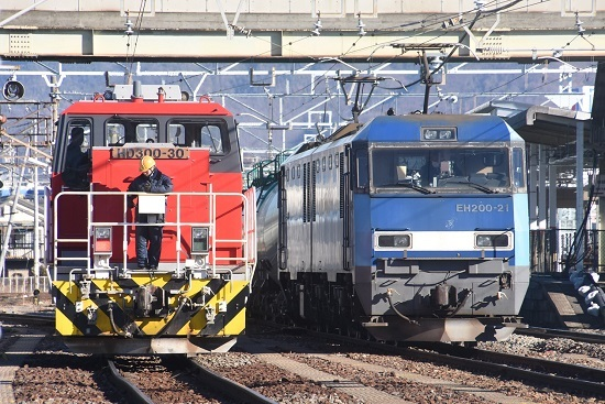 2021年1月30日撮影 南松本にてEH200-21号機とHD300-30号機