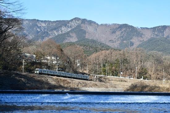 2021年1月10日撮影 飯田線は天竜川と210M 211系