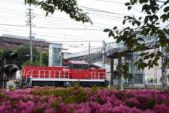 2021年6月12日撮影 南松本にてHD300-9号機とツツジ