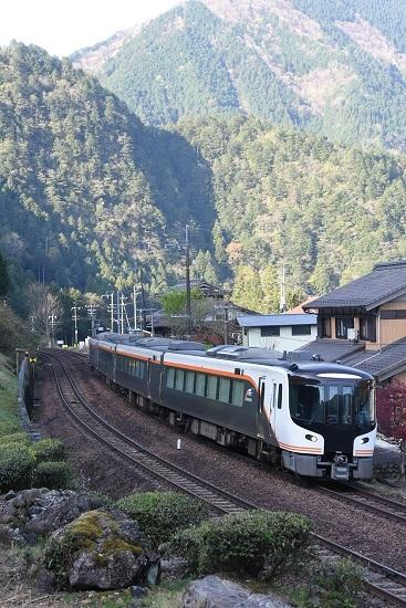 2021年4月11日撮影 高山本線 鷲原信号所 HC85系 試運転