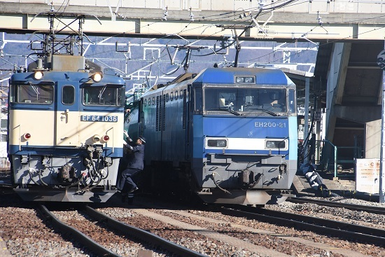 2021年1月30日撮影 南松本にて 西線貨物8084レ 機回し 運転士さん乗り込み
