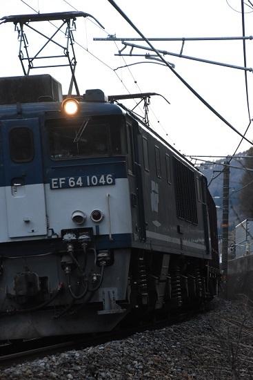 2021年4月11日撮影 西線貨物81レ EF64-1046号機 広島更新色 サイド狙い