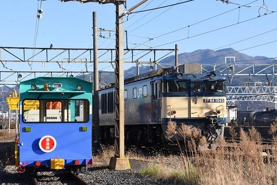 2020年11月22日撮影 南松本にてお休み中のEF64-1049号機