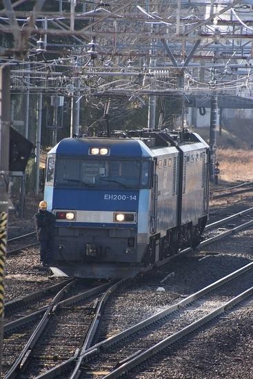 2021年2月14日撮影 南松本にて東線貨物2080レ 機回し ライト全点灯