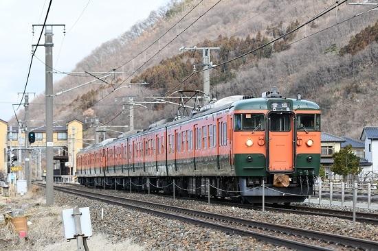 2021年3月7日撮影 しなの鉄道 1628M 115系湘南色5両編成 千曲駅発車